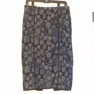 Veronica Beard Mesh Appliqué Pencil Skirt Sz 6